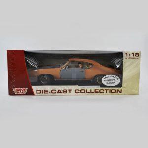 1969 Pontiac GTO Diecast Model Car, Restoration Alley 1/18 Scale By MotorMax