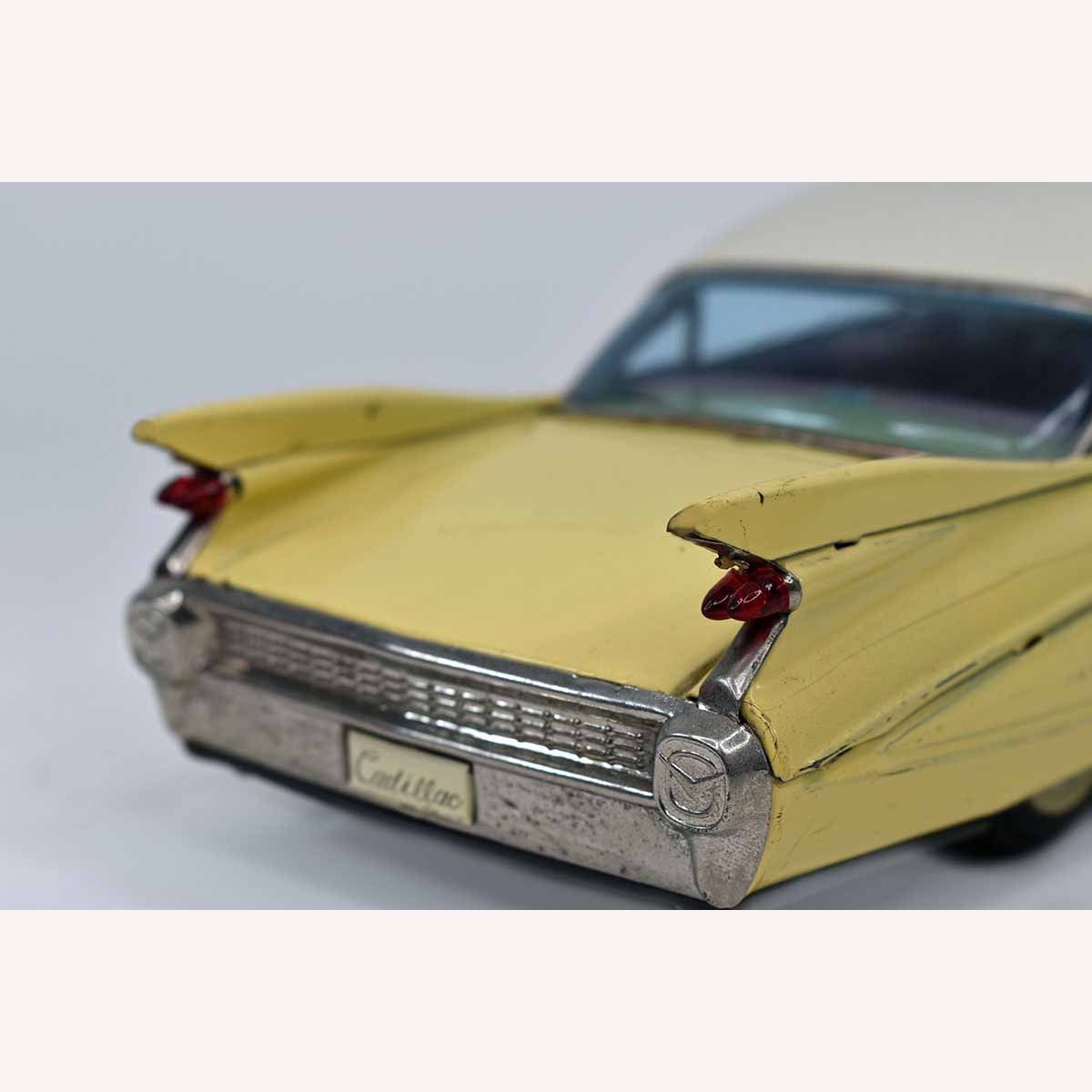 Bandai 1959 Cadillac Tin Friction Automobile TAIL LIGHT SET