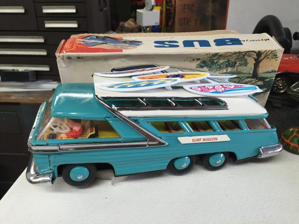 Mystery Action Bus, China ME 083 Uncle Al's Toys Surf Wagon CUSTOM!